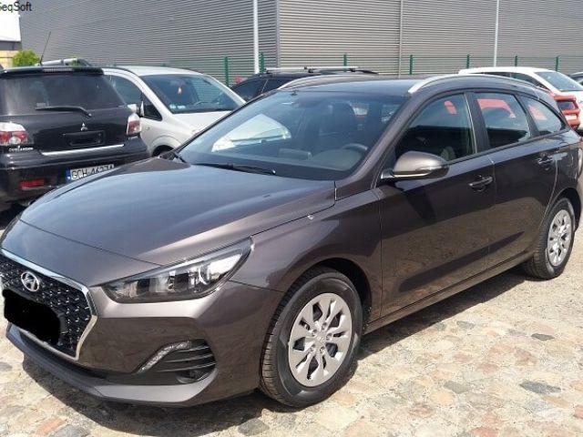 Wynajmij hyundai i30 (kombi) | Wypożczyalnia Samochodów Exelcar |