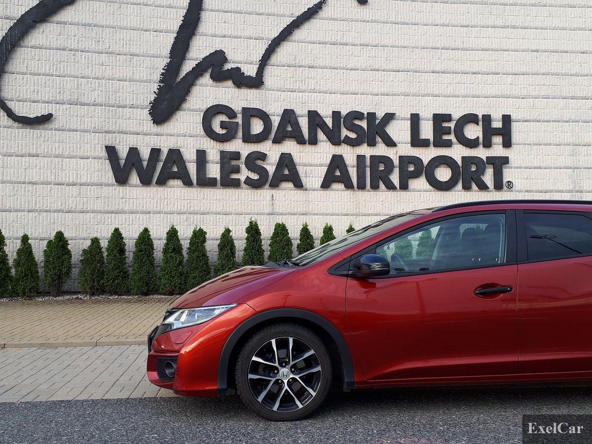 Odbiór auta na lotnisku - Wypożyczalnia samochodów Exelcar