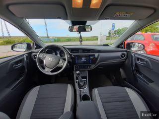 Wynajmij toyotę auris (kombi) | Wypożyczalnia Samochodów Exelcar |  - zdjęcie nr 4