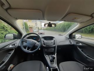 Wynajmij forda focusa (kombi) | Wypożyczalnia Samochodów Exelcar |  - zdjęcie nr 4